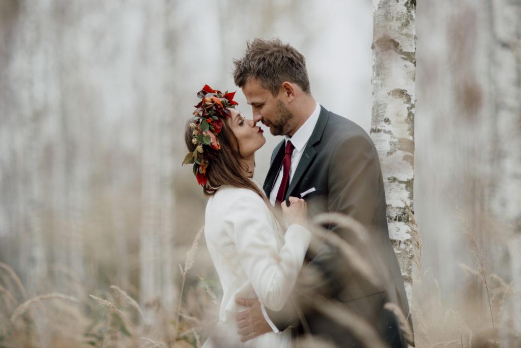 plener ślubny wlesie