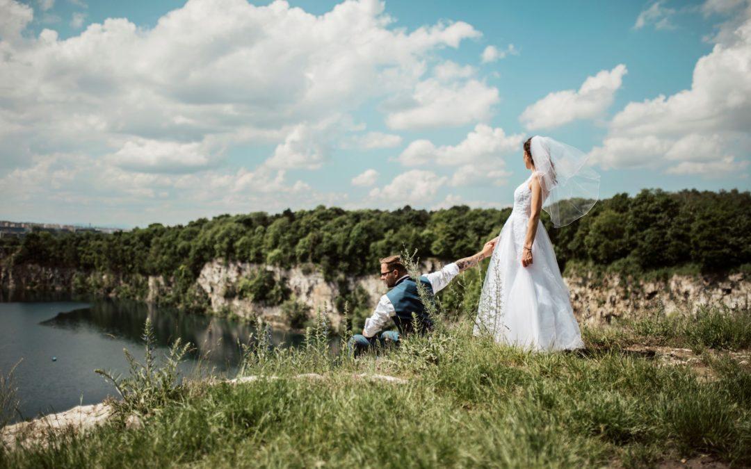 Naco zwrócić uwagę planując ślub latem